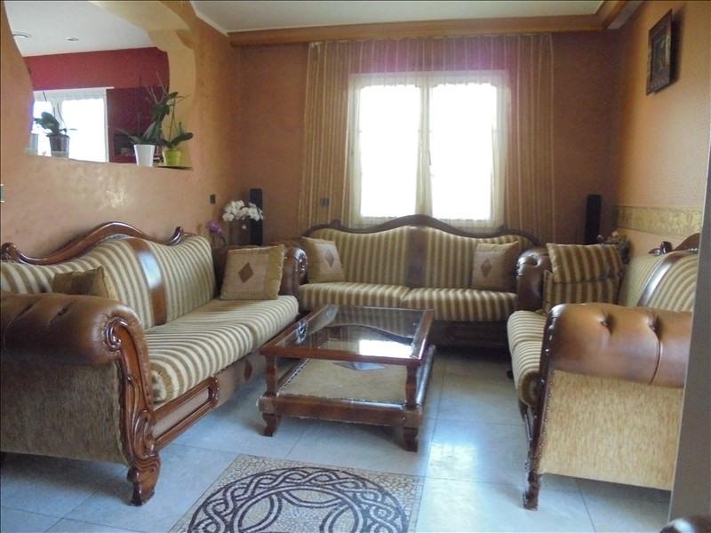 Sale apartment Marnaz 292000€ - Picture 3