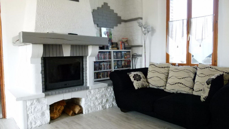 Sale house / villa Breteuil 136000€ - Picture 3