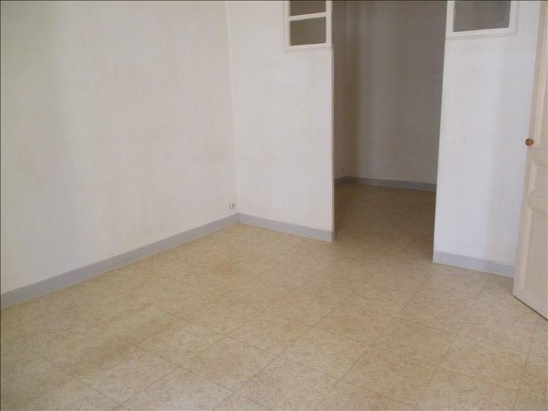 Rental apartment Salon de provence 495€ CC - Picture 2