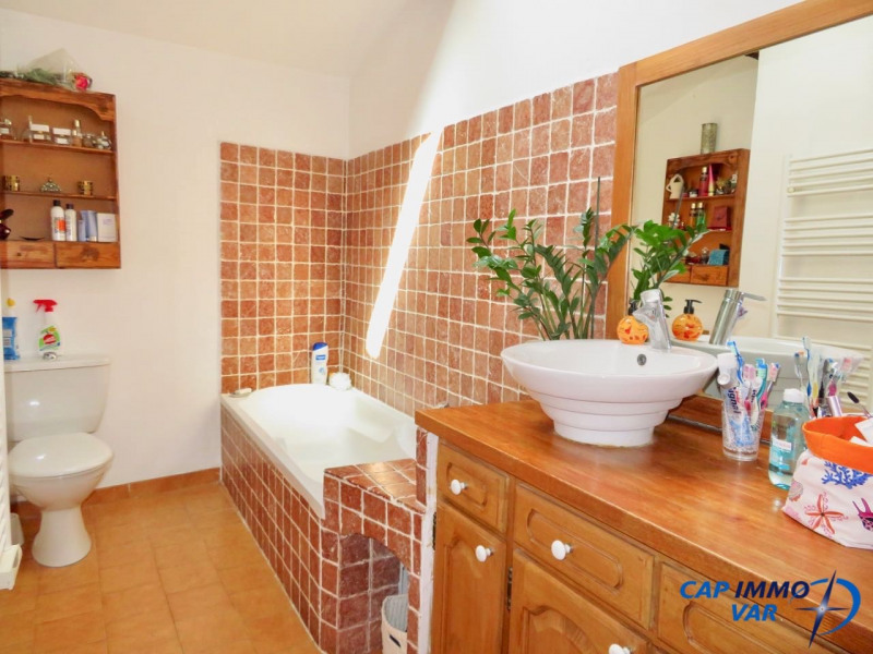Vente appartement Le beausset 220 000€ - Photo 8