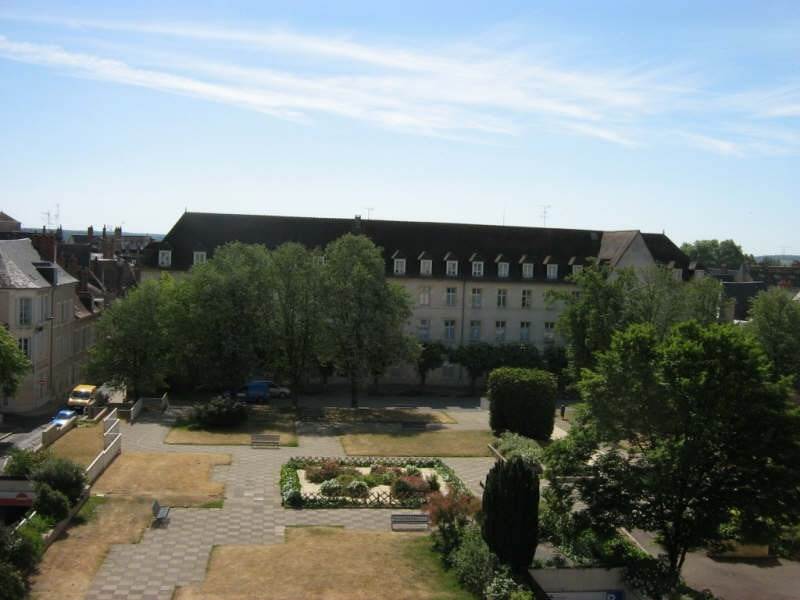 Rental apartment Nevers 395€ CC - Picture 5