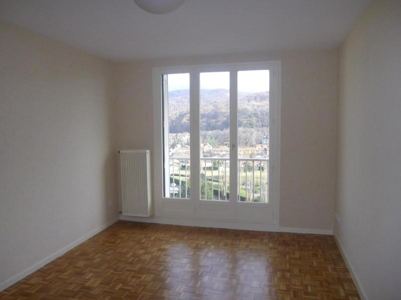 Location appartement Pont de claix 589€ CC - Photo 1