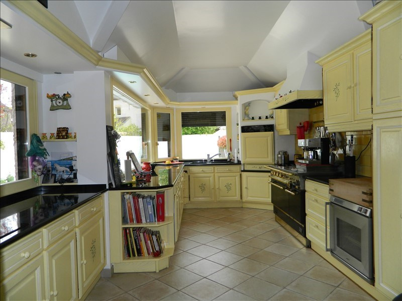 Deluxe sale house / villa Sens 566 500€ - Picture 3