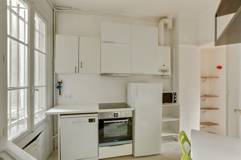 Location appartement Paris 16ème 2980€ CC - Photo 8