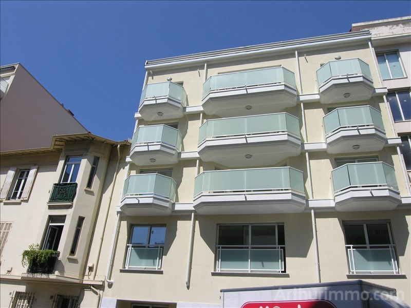 Deluxe sale apartment Juan les pins 400 000€ - Picture 2