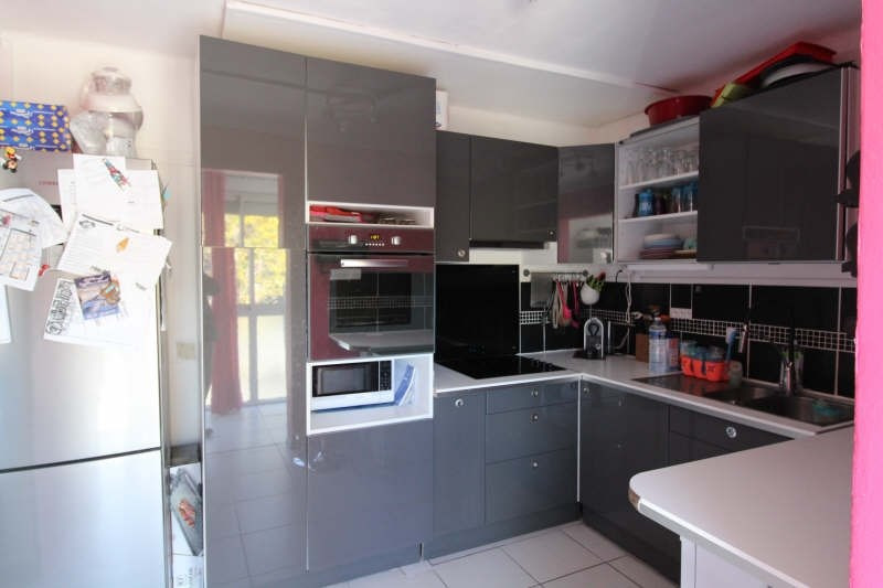 Sale apartment St chamas 170000€ - Picture 3
