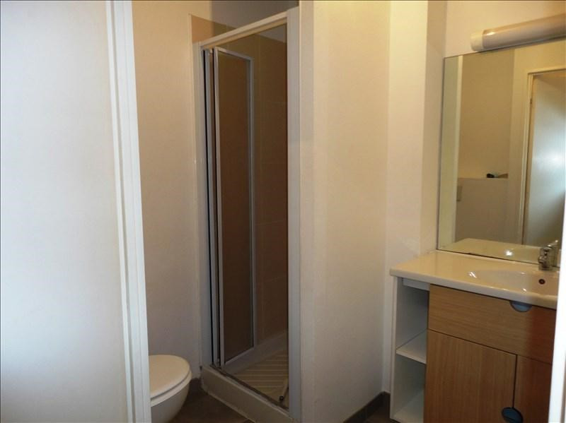 Locação apartamento Toulon 400€ CC - Fotografia 5