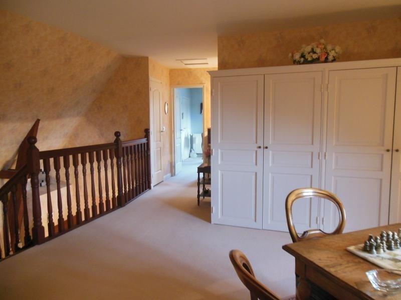 Sale house / villa St martin de boscherville 420000€ - Picture 9