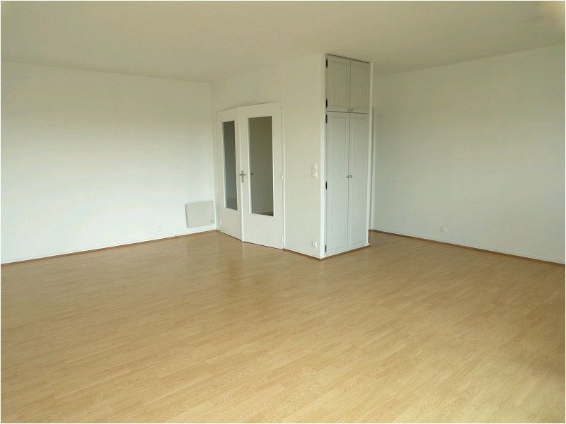 Sale apartment Montgeron 300 000€ - Picture 2