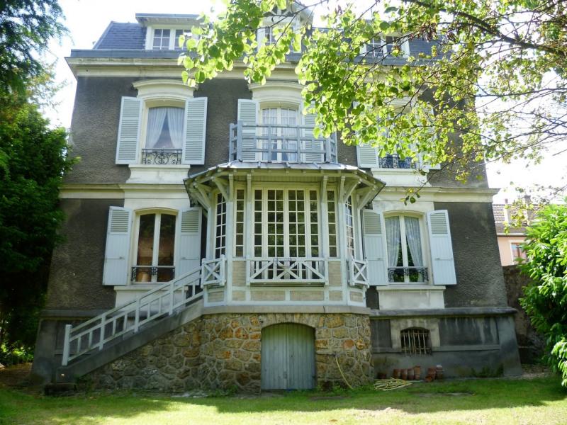 Sale house / villa Montlignon 720000€ - Picture 1