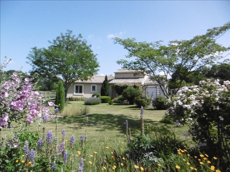 Sale house / villa Montpon menesterol 228000€ - Picture 1