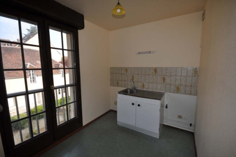 Location appartement Auxerre 359€ CC - Photo 3