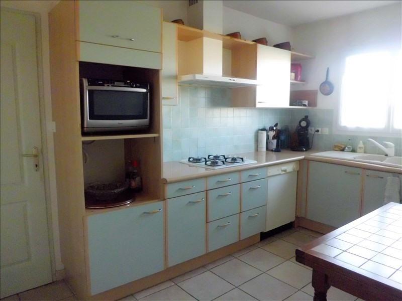 Sale house / villa Montaigut sur save 238350€ - Picture 3