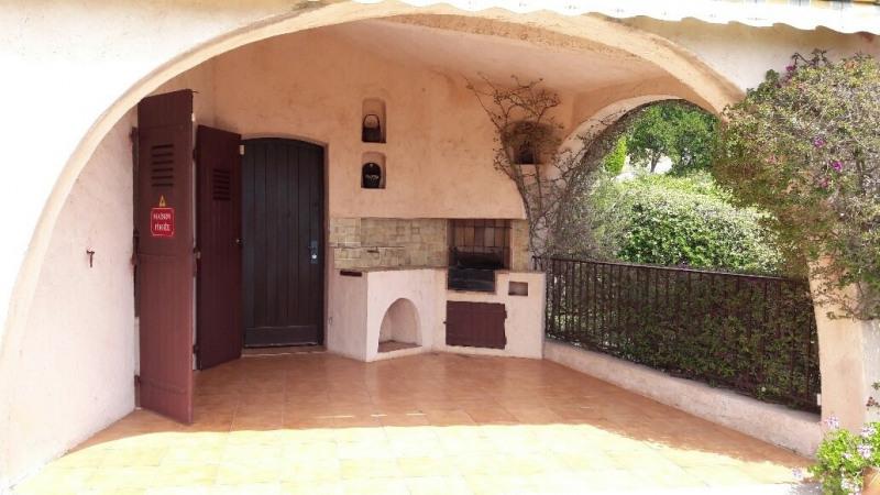 Location vacances maison / villa Les issambres 1300€ - Photo 4