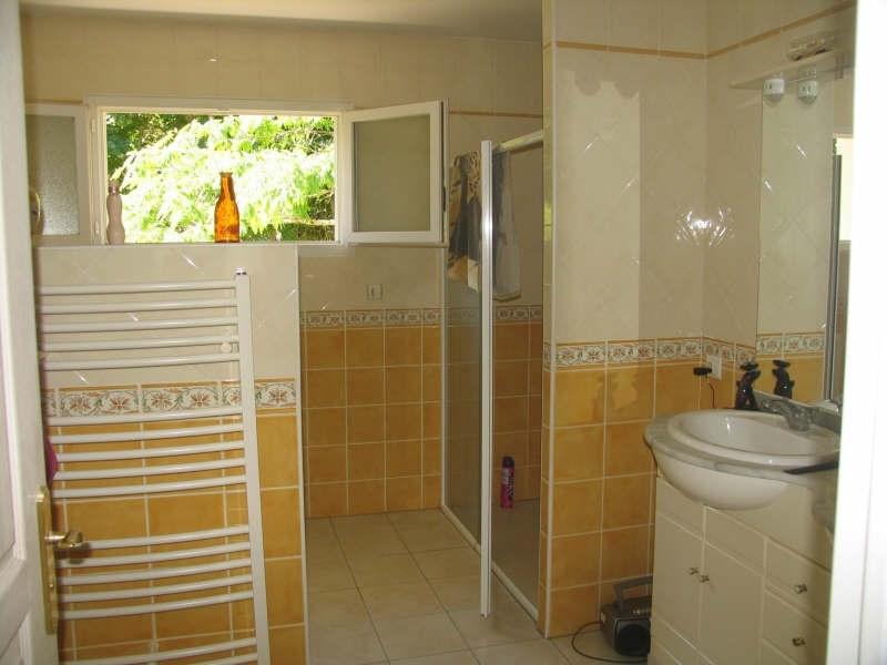 Sale house / villa Agonac 264900€ - Picture 5