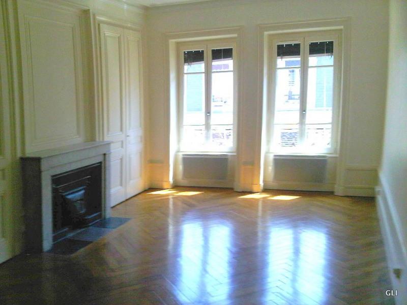 Rental apartment Lyon 6ème 1038€ CC - Picture 2