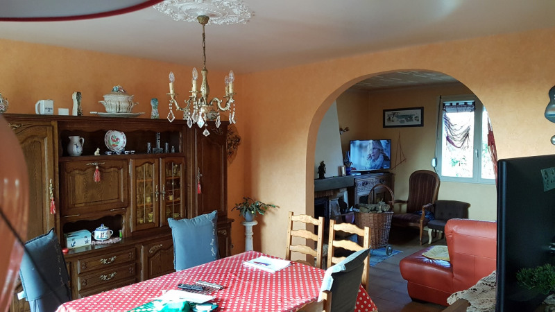 Sale house / villa Elliant 158 700€ - Picture 5
