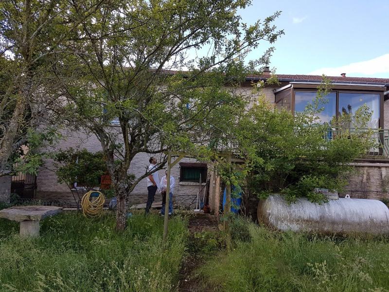 Vente maison / villa Chazelles sur lyon 128000€ - Photo 2