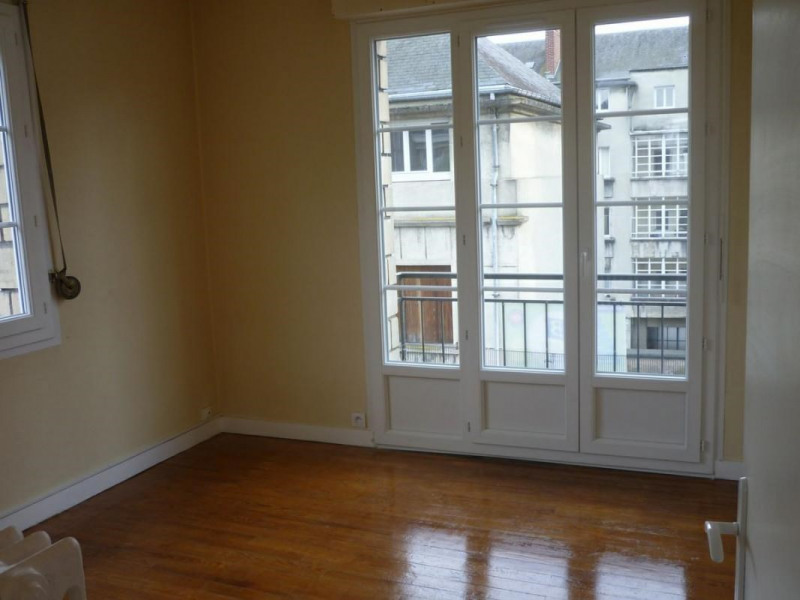 Location appartement Lisieux 495€ CC - Photo 1