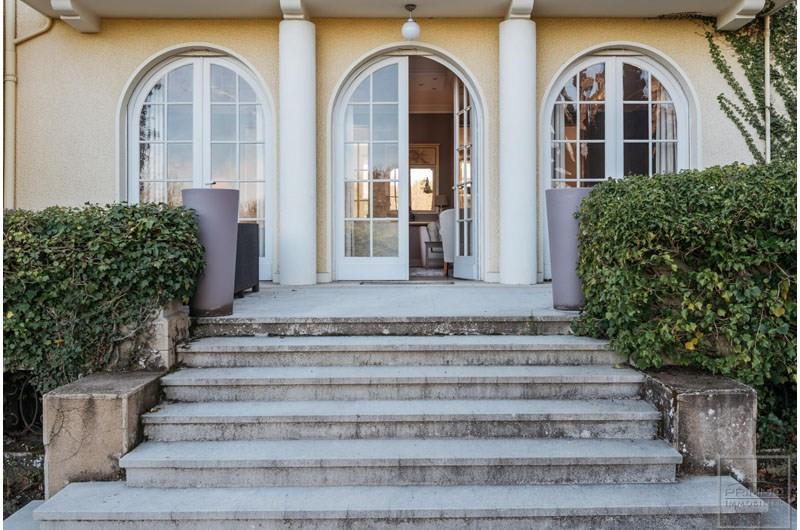Maison CHARBONNIERES LES BAINS 12 Pièces 400 m²