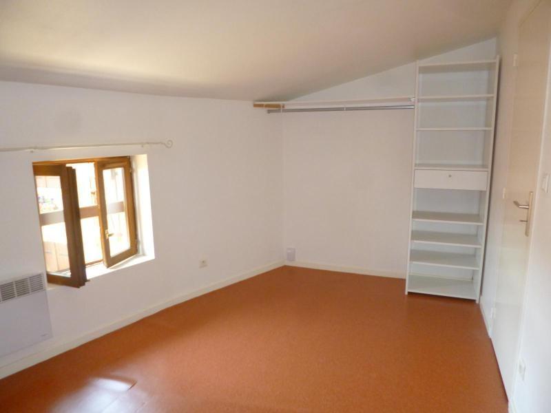 Location appartement Chatillon d'azergues 570€ CC - Photo 2