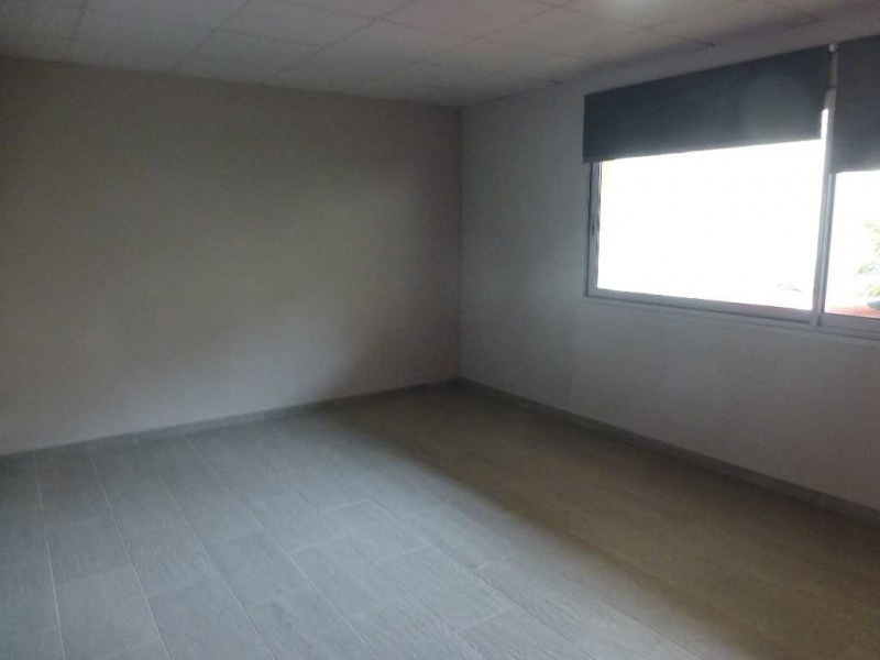 Rental office Castres 837€ CC - Picture 5