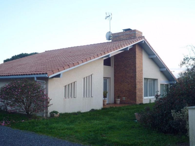 Location maison / villa Leon 1070€ CC - Photo 1