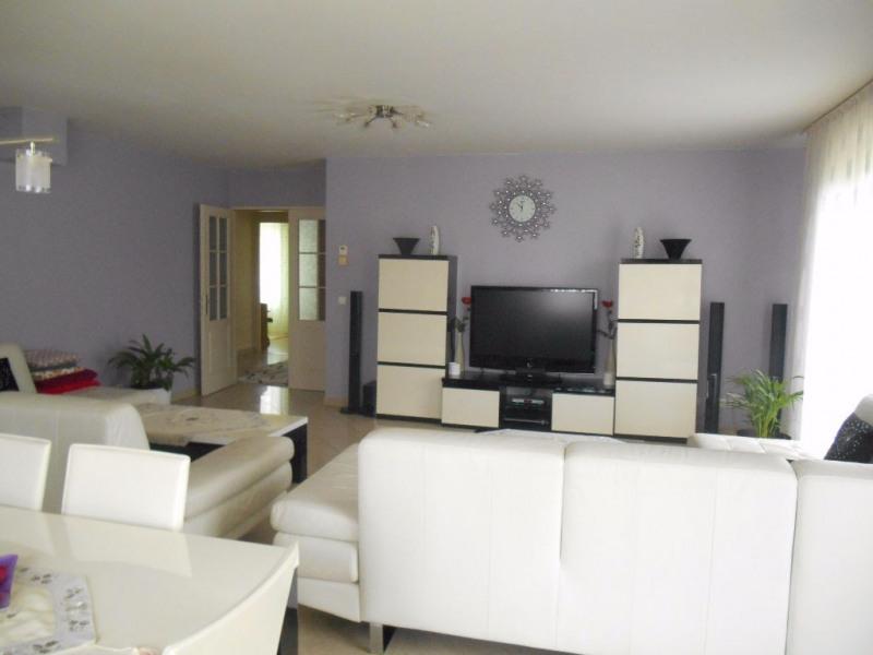 Sale house / villa Breteuil 218000€ - Picture 2