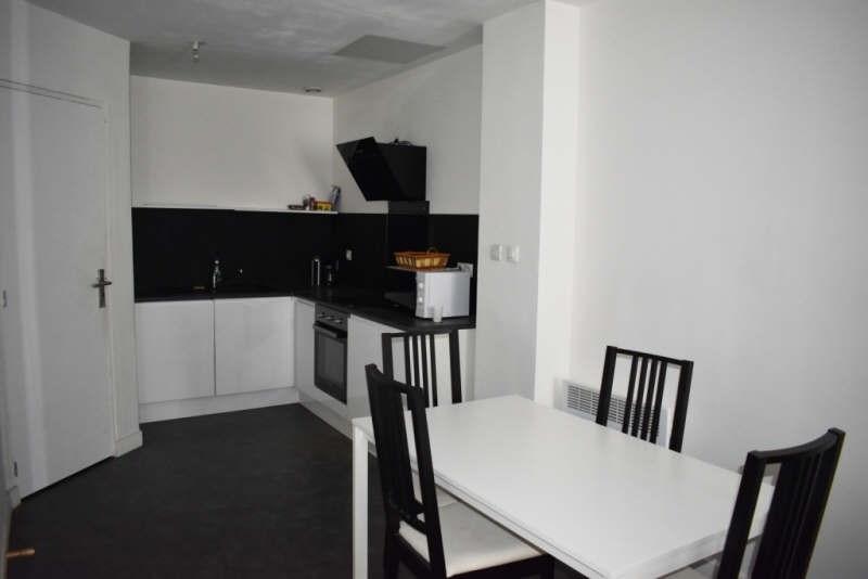 Sale apartment Bordeaux 126000€ - Picture 2