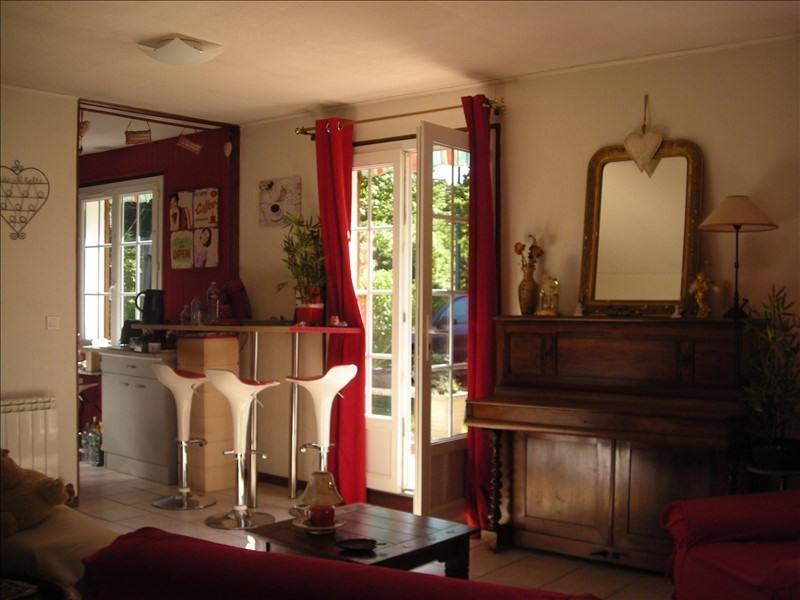 Sale house / villa Courtenay 109000€ - Picture 2