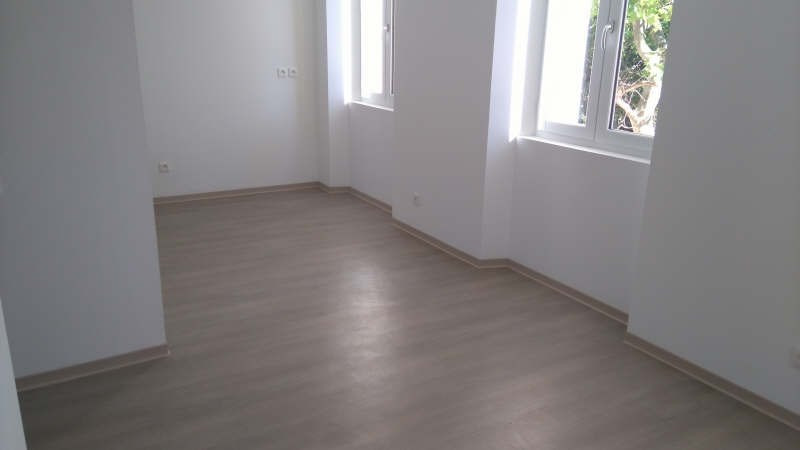 Sale apartment Toulon 135 600€ - Picture 1