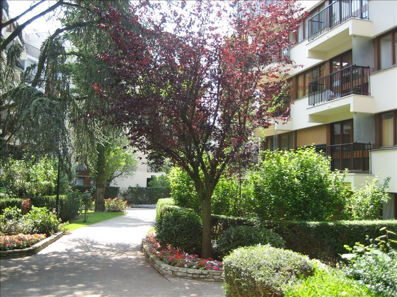 Location appartement Le chesnay 490€ CC - Photo 1