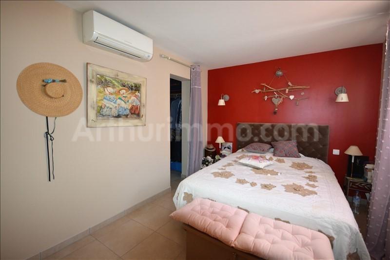 Vente maison / villa Frejus 420000€ - Photo 7
