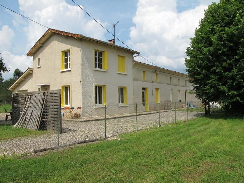 Sale house / villa St savin 220000€ - Picture 2