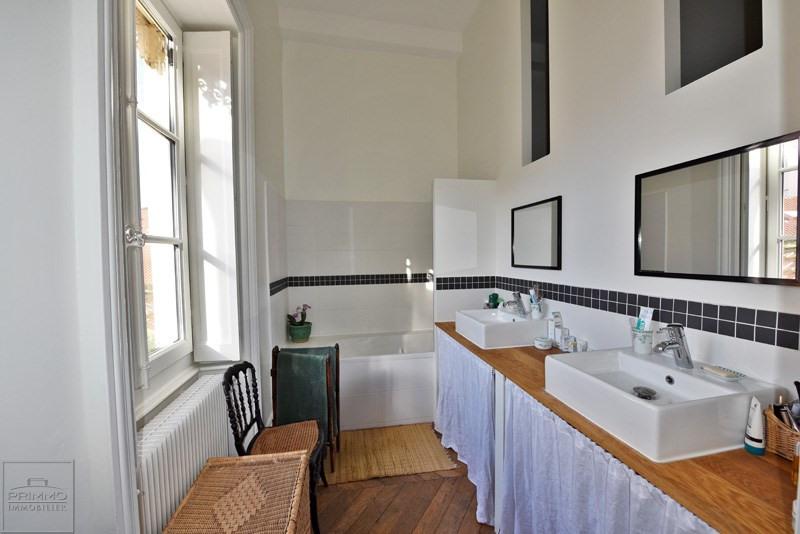 Deluxe sale apartment Lyon 9ème 875000€ - Picture 10