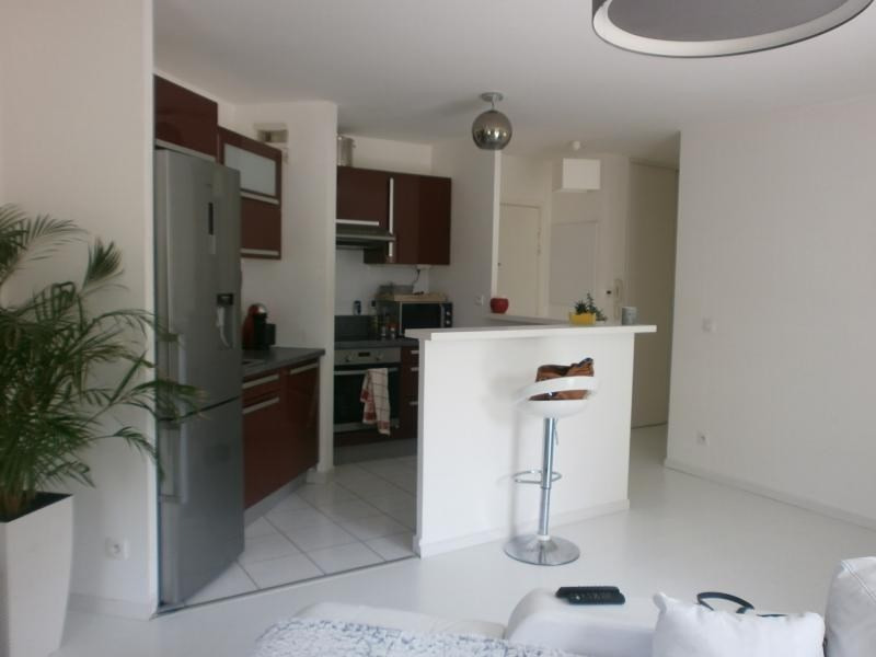 Deluxe sale apartment Epone 200 000€ - Picture 2
