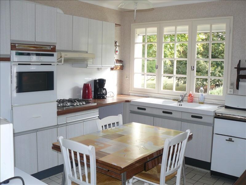 Sale house / villa Guegon 178000€ - Picture 8
