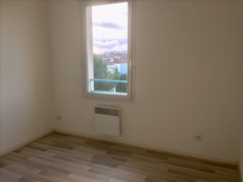 Location appartement Niort 406€ CC - Photo 3