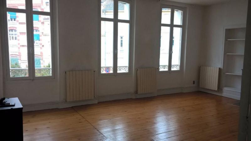 Location appartement Agen 750€ CC - Photo 3