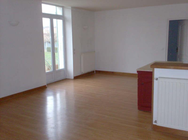 Location appartement Agonac 350€ CC - Photo 1