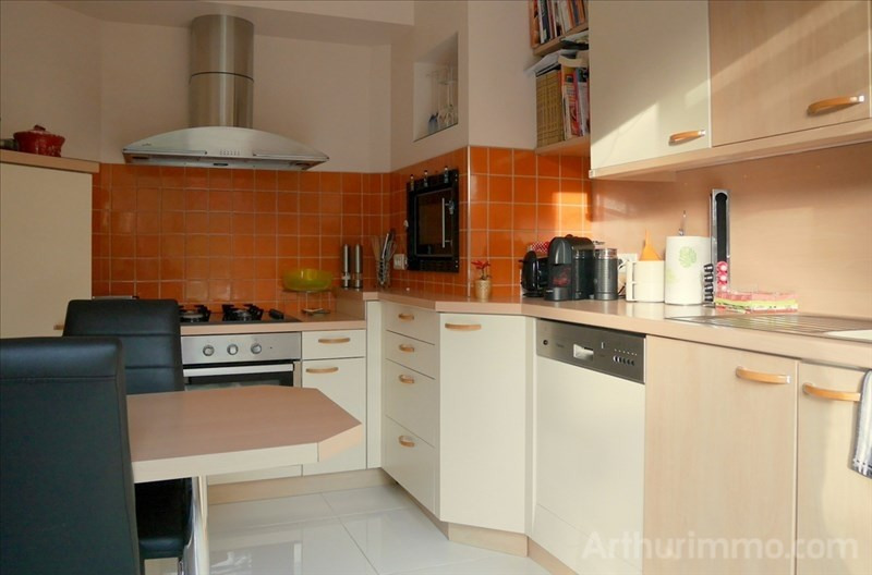 Sale house / villa Chatillon le duc 419000€ - Picture 4