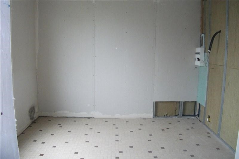 Sale house / villa Plozevet 80250€ - Picture 3
