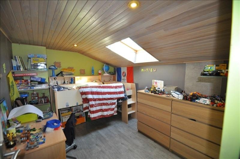 Sale house / villa Vue 307000€ - Picture 8
