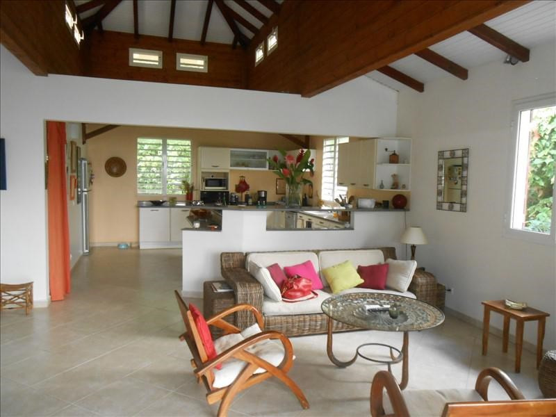 Sale house / villa St claude 365000€ - Picture 2