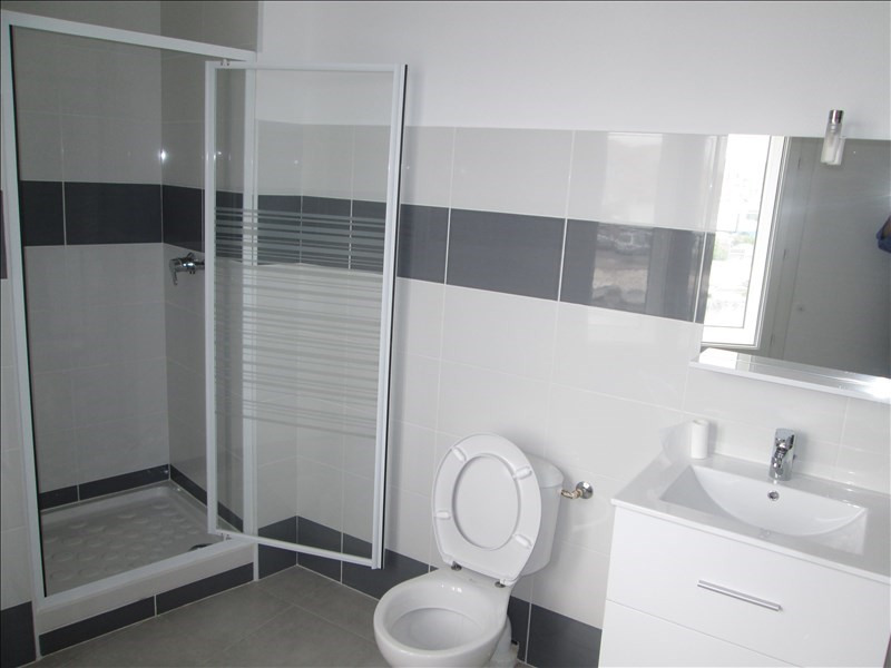 Rental apartment Sete 680€ CC - Picture 2