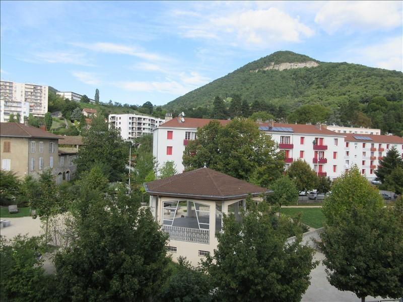 Verkoop  appartement Voiron 179000€ - Foto 1