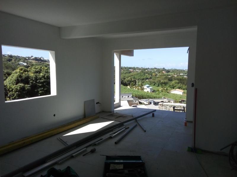 Location appartement La riviere 937€ CC - Photo 3