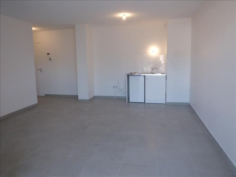 Rental apartment Barberaz 680€ CC - Picture 3