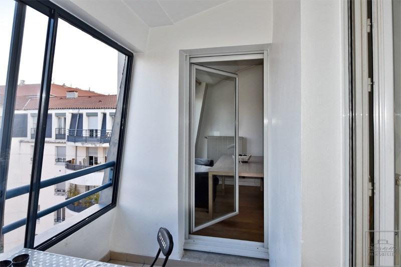 Sale apartment Lyon 3ème 380000€ - Picture 2