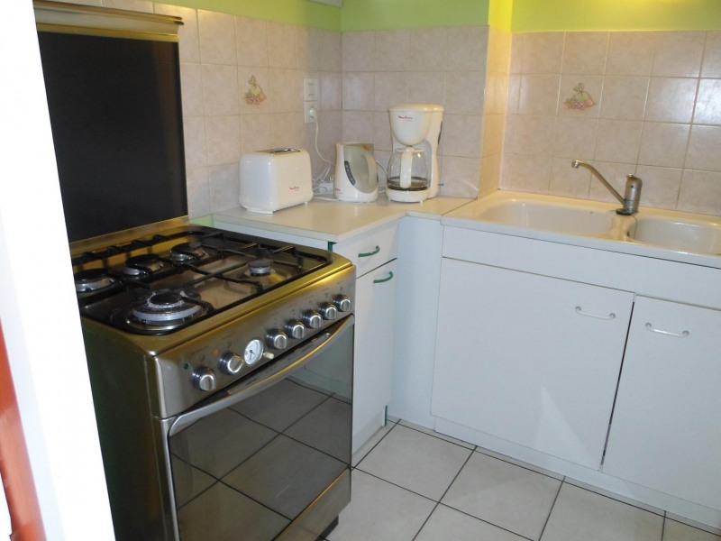 Location vacances maison / villa Saint-palais-sur-mer 380€ - Photo 3